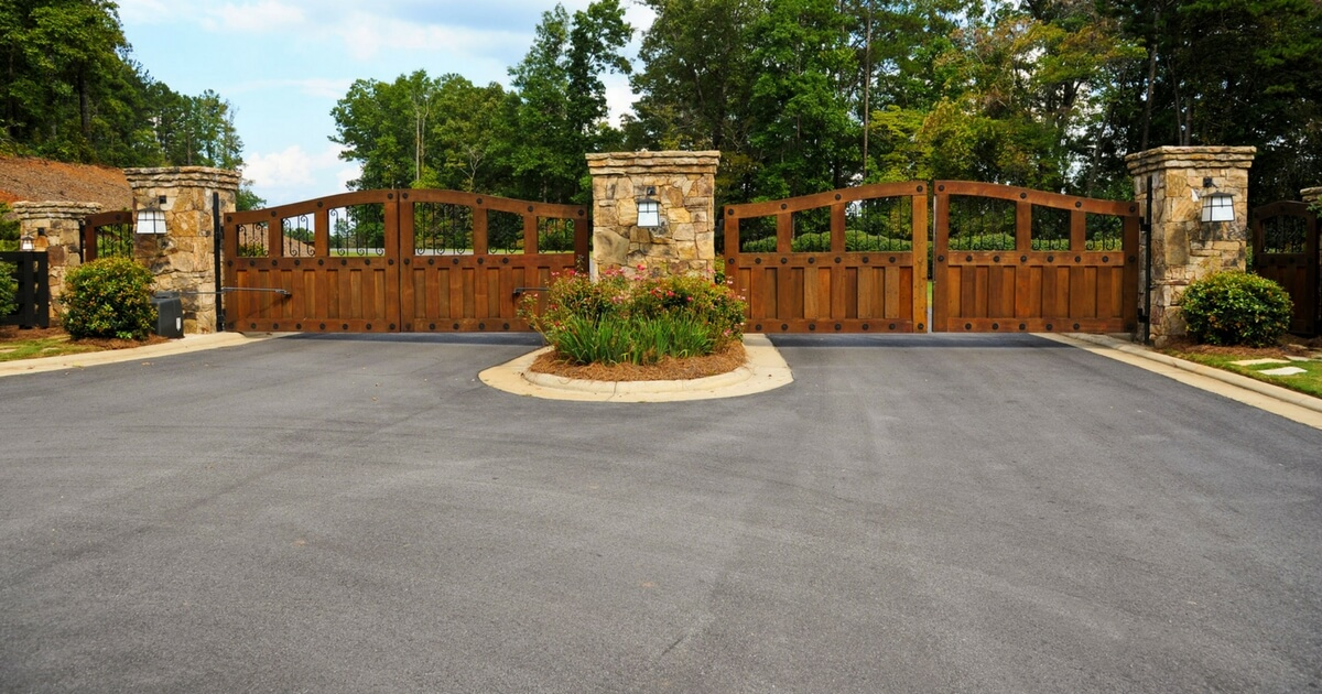 Five driveway ideas on a budget complete drives patios ltd for New driveway ideas